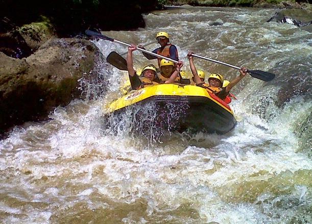 rafting-cisadane-bogor-02